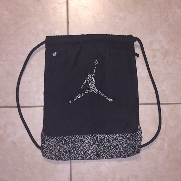 12836d405c824f Jordan Other - Black White Jordan Adjustable Drawstring Bag.